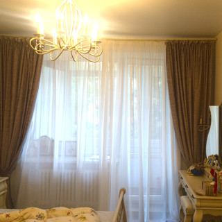 Классические шторы из бархата в спальню для Владиславы